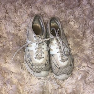 Nfinity shoes size 5